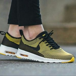 NIKE AIR MAX THEA BLACK / YELLOW SPECIAL EDITION